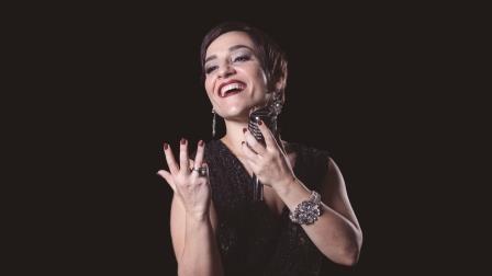 Aladdin terá participação especial da atriz Simone Gutierrez