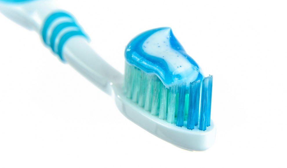 Higiene bucal é importante para prevenção do coronavírus